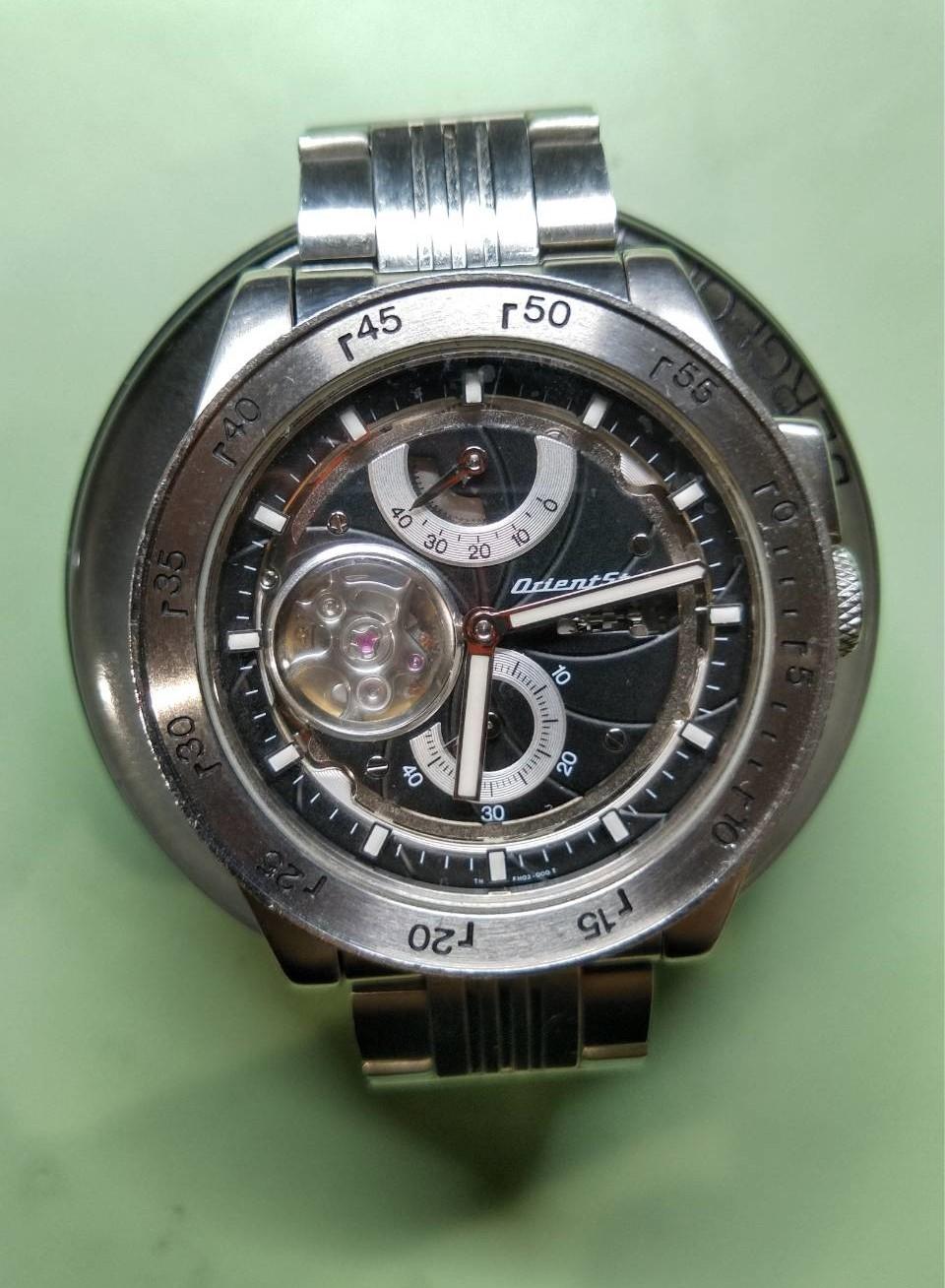 パワーリザーブ機構を修理するならブローチ時計修理工房