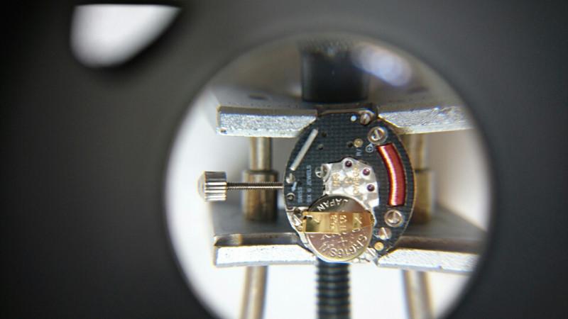 コンステレーションの修理は新潟のBROOCH時計修理工房へ