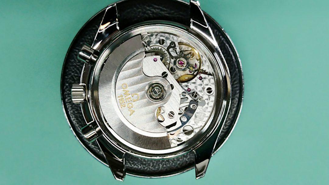 オメガのスピードマスターを新潟市にある時計修理工房でオーバーホールとポリッシュ加工しました。