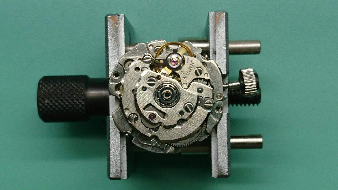 セイコー5分解掃除オーバーホールは新潟市のブローチ時計修理工房