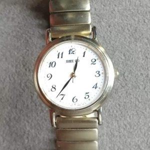 セイコー 電池交換 時計修理は新潟市ブローチ時計修理工房におまかせください!