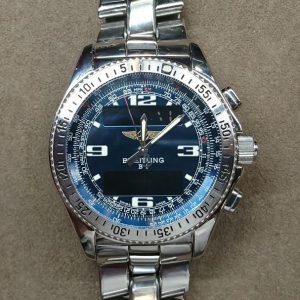 新潟で時計修理オーバーホール時計電池交換をするならBROOCH時計修理工房ブライトリング A68362のコマ外し