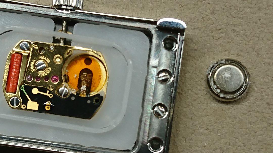 電池交換、腕時計修理リペアはブローチ時計修理工房新潟