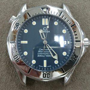 新潟で時計修理オーバーホール時計電池交換をするならBROOCH時計修理工房オメガ ref 168 1503のケース&ブレス ポリッシュとブレス修理とベゼルペイント入れ