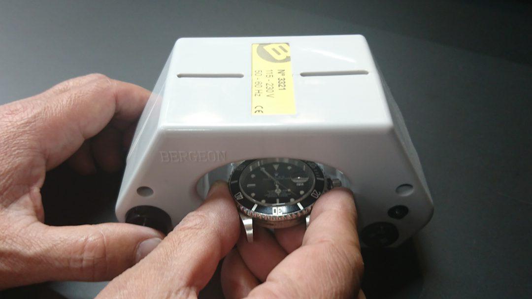 新潟市にある時計修理工房で、磁気抜きが可能です。