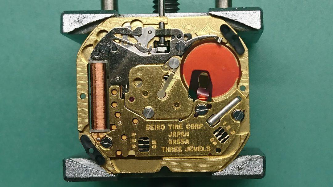 新潟市のブローチ時計修理工房ではGSグランドセイコーの分解掃除オーバーホール