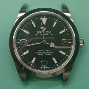 新潟で時計修理オーバーホール時計電池交換をするならBROOCH時計修理工房 ROLEX エクスプローラー 214270 のケース&ブレス ポリッシュ
