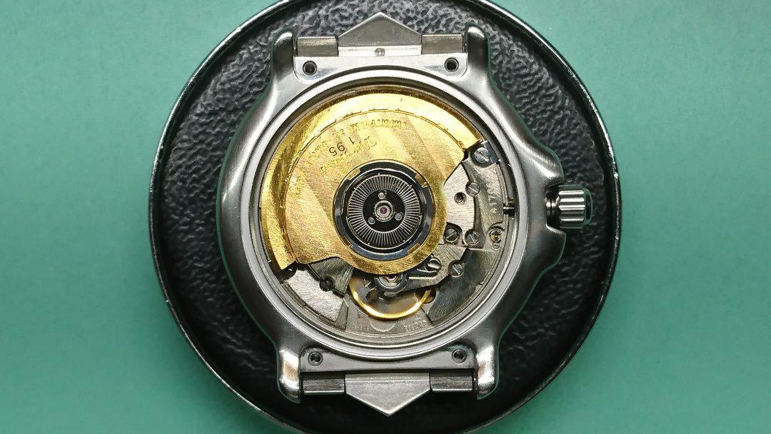 TAG Heuerタグホイヤーの分解掃除オーバーホールは新潟市のブローチ時計修理工房タグは電池交換もOK