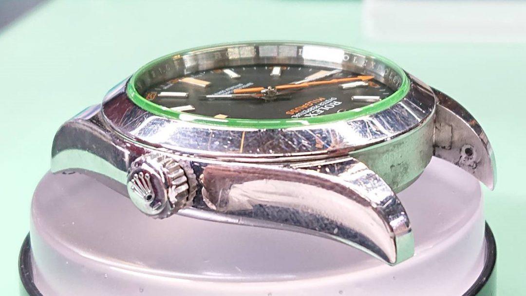 新潟市にあるブローチ時計修理工房で、ロレックスのミルガウスをオーバーホール(分解掃除)ポリッシュ加工(外装磨き)しました。