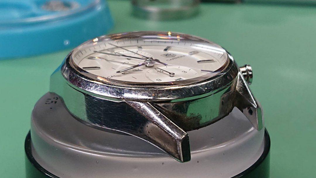 タグホイヤー オーバーホール(分解掃除)、ポリッシュ(外装磨き)は新潟市ブローチ時計修理工房へ!