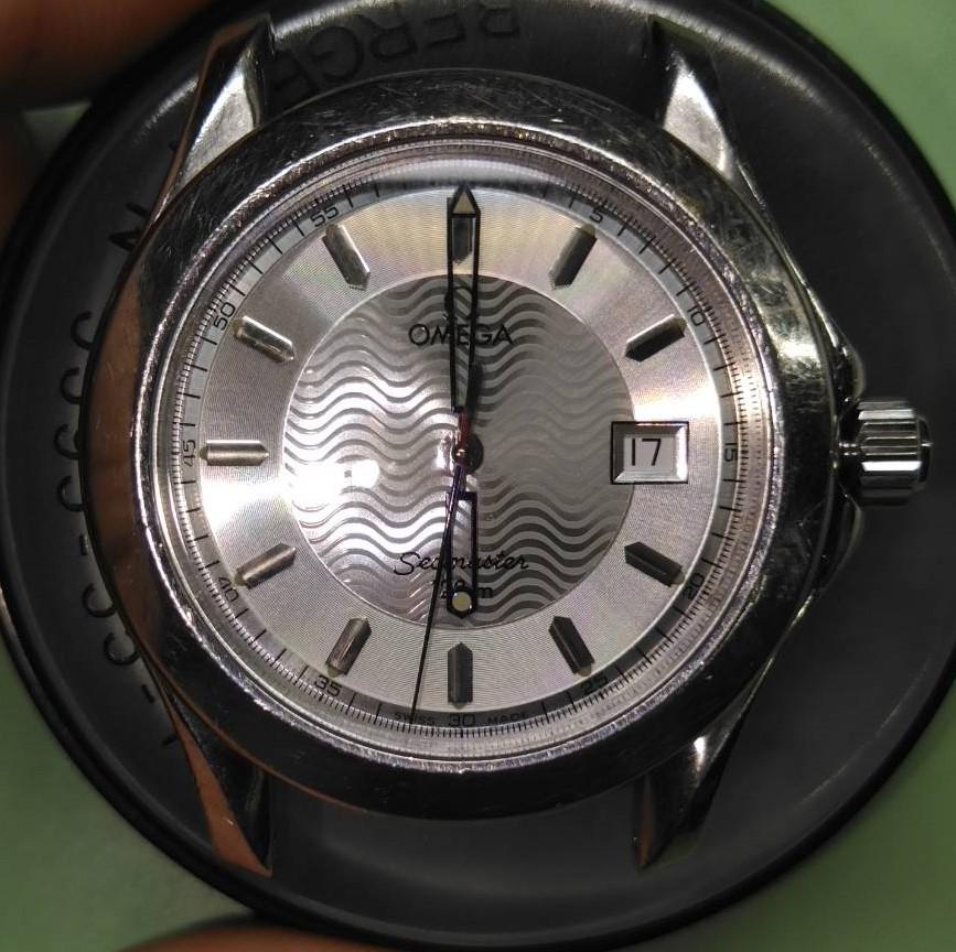 オメガ シーマスター オーバーホール(分解掃除)は新潟市ブローチ時計修理工房におまかせください!