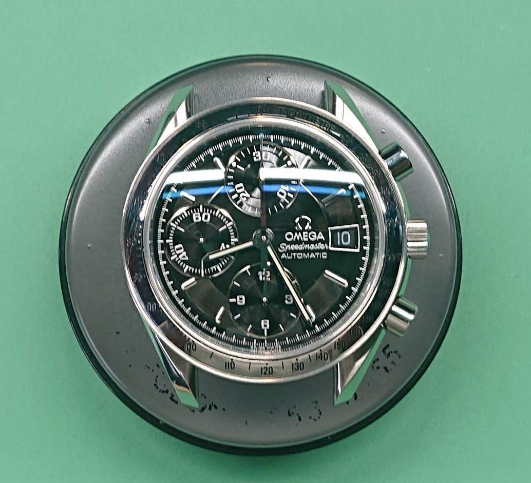 オメガ スピードマスター オーバーホール(分解掃除)は新潟市ブローチ時計修理工房におまかせください!
