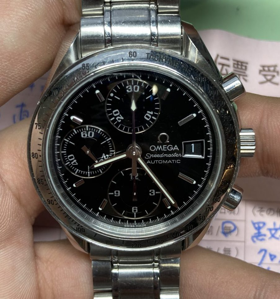 新潟市にある時計修理工房で、オメガ、スピードマスターのオーバーホールをしました。