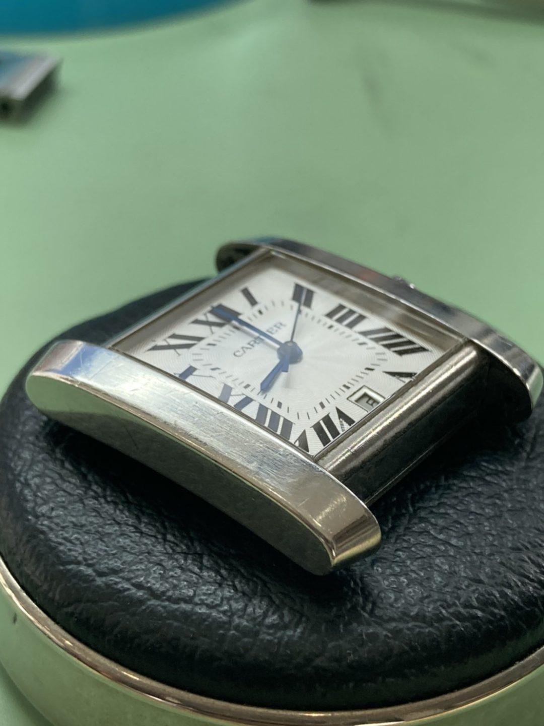 カルティエ オーバーホール(分解掃除)、ポリッシュ(外装磨き)はブローチ時計修理工房へ!