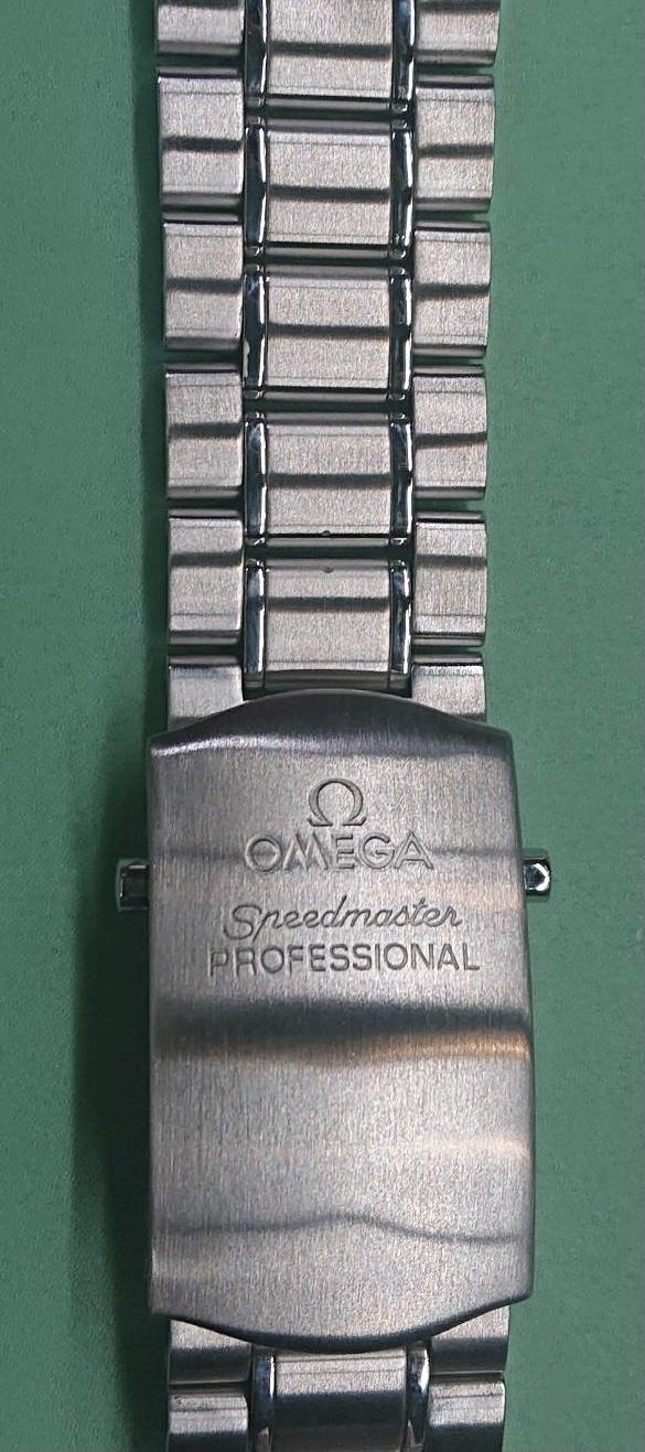 オメガ ポリッシュ(外装磨き)は新潟市ブローチ時計修理工房へ!