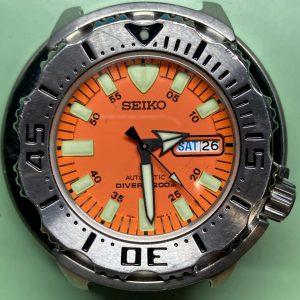 セイコー(SEIKO) 7S26-0350 ダイバーズウォッチの時計のオーバーホールまたは修理をご希望でしたらbrooch時計修理工房にお持ちください