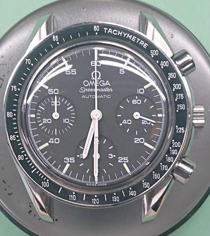 新潟市にある時計修理工房BROOCHで、OMEGA Speedmaster オーバーホール&ポリッシュの修理