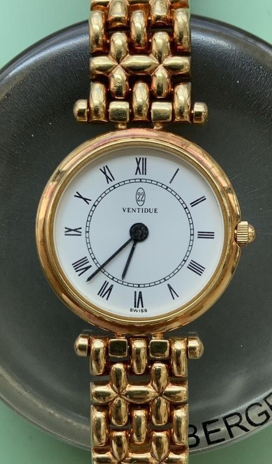 ヴァンティドゥーエの電池交換パッキン交換は新潟万代ブローチ時計修理工房