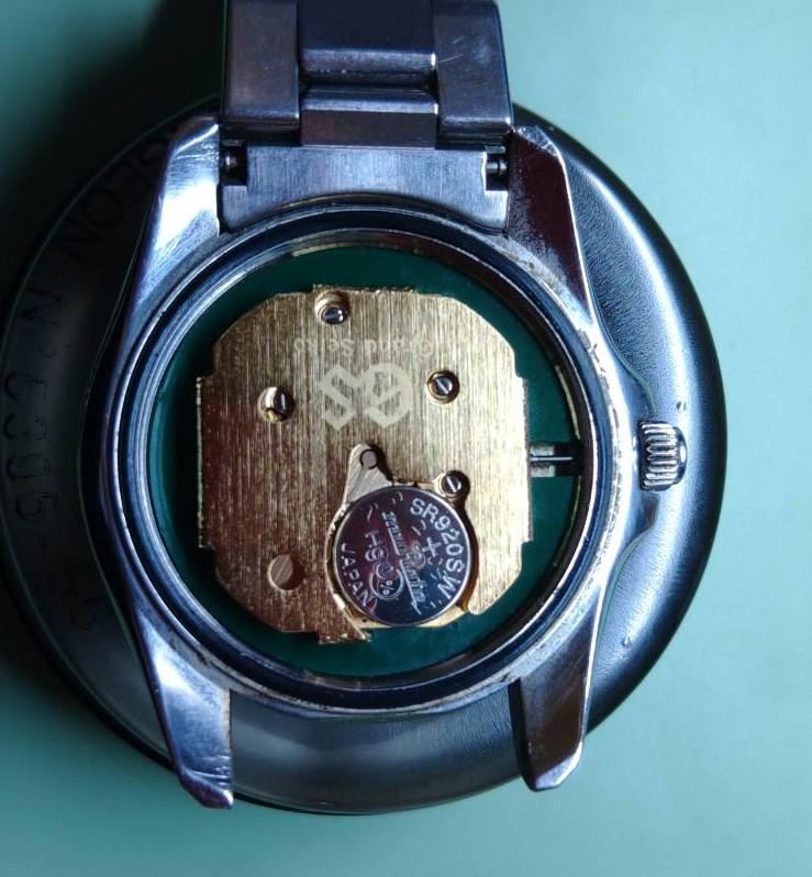 グランドセイコーの電池交換パッキン交換は新潟万代ブローチ時計修理工房
