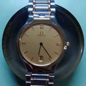 オメガのオーバーホール電池交換パッキン交換は新潟万代ブローチ時計修理工房