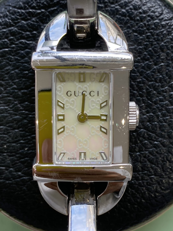 GUCCI グッチのオーバーホールは新潟市ブローチ時計修理工房におまかせください!