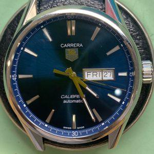 タグホイヤー オーバーホール 分解掃除は新潟市ブローチ時計修理工房におまかせください。